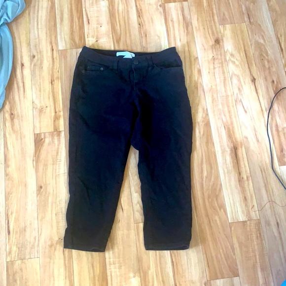 Capri black jeans